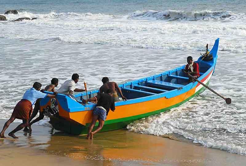 Marari-Beach - Honeymoon Places for Couples in Kerala